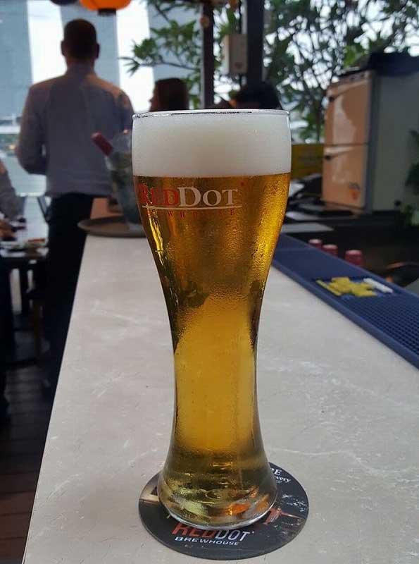 シンガポール賃貸のMikanのシンガポール日記の中の「レッドドット」というローカルビール